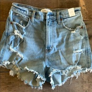 Abercrombie & Fitch Ultra High Rise mom shorts